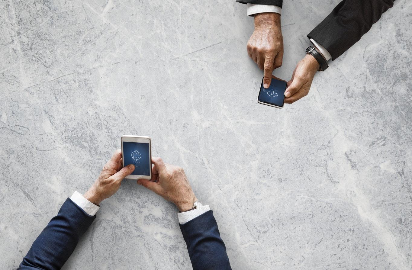 De 10 voordelen van efficiënt werken met Hosted VoIP