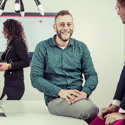 Interview Bram van Loghem